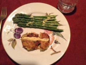 crab cakes w: asparagus