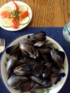 Mussels with Vegetable Plate