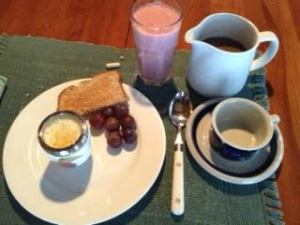 coddled egg:toast:grapes