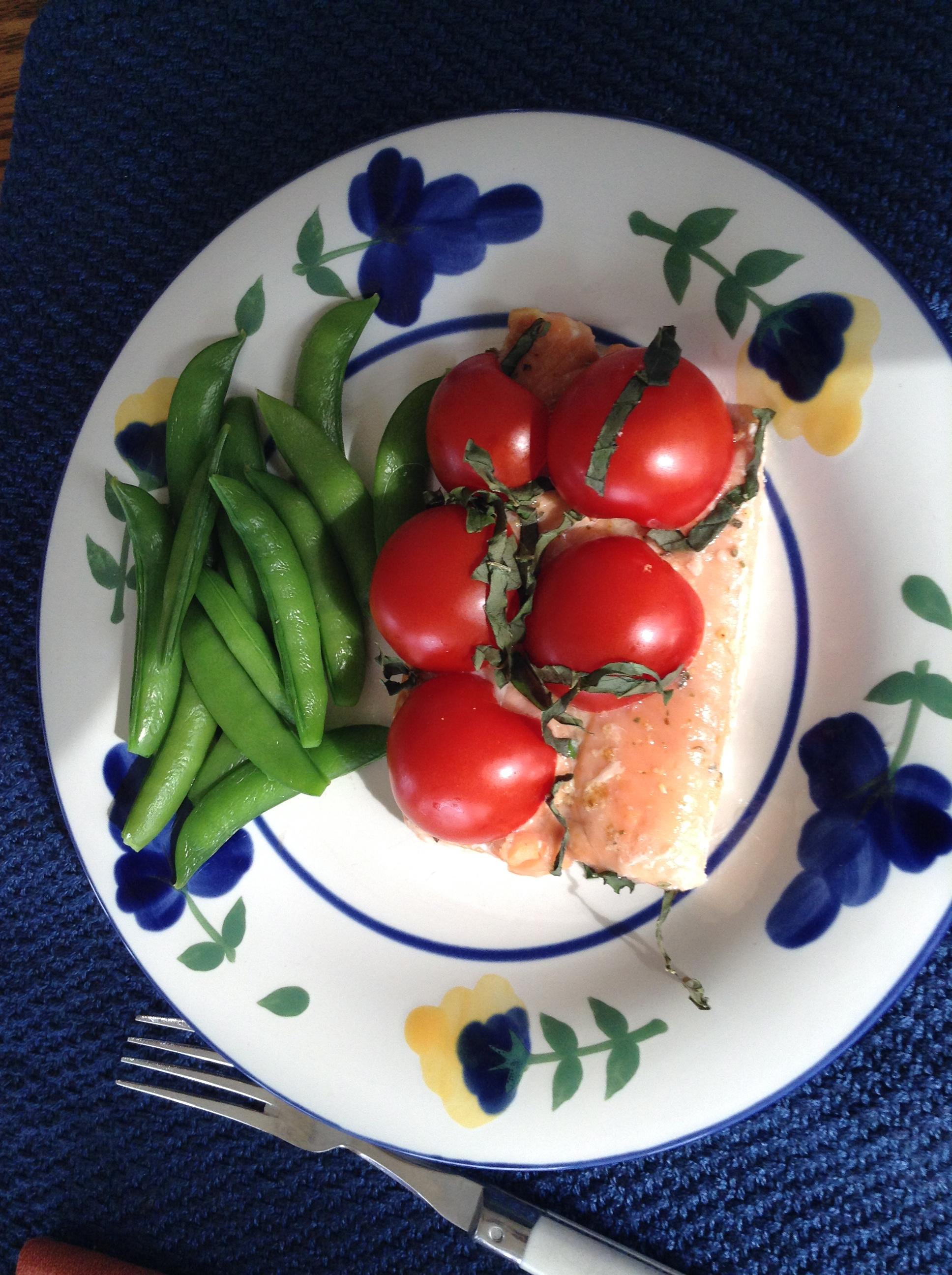 Roasted slamon w: tom + sug-snap peas