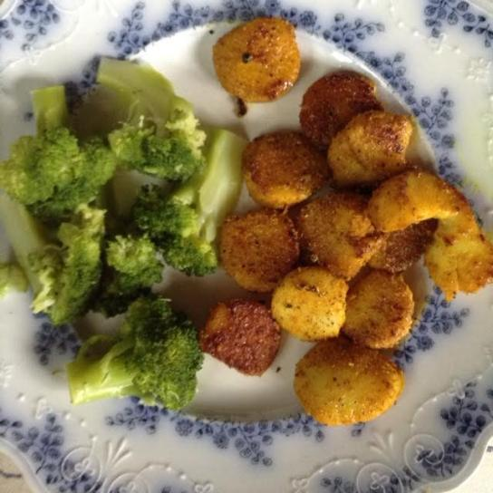 Curried Scallops w: broccoli