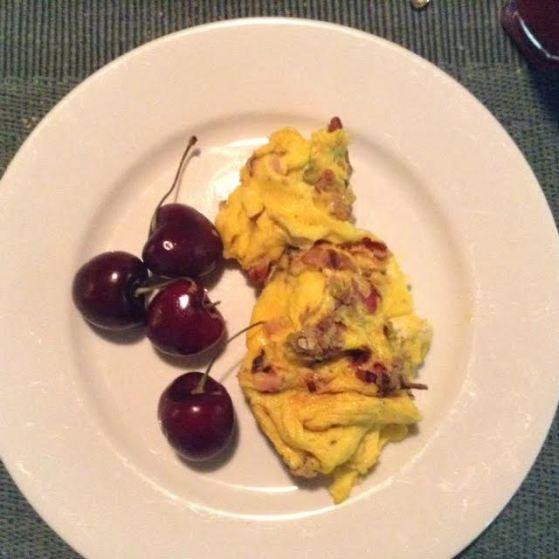 St-Denis ScrOmelette w: cherries