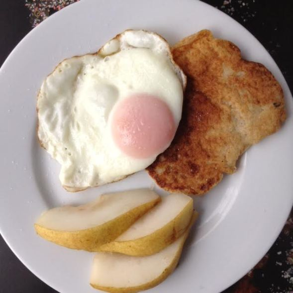 Tattie Scone w: egg, pears
