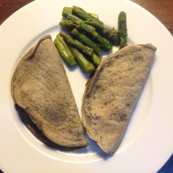 Ham&Cheese Crepes, home-made w: asparagus